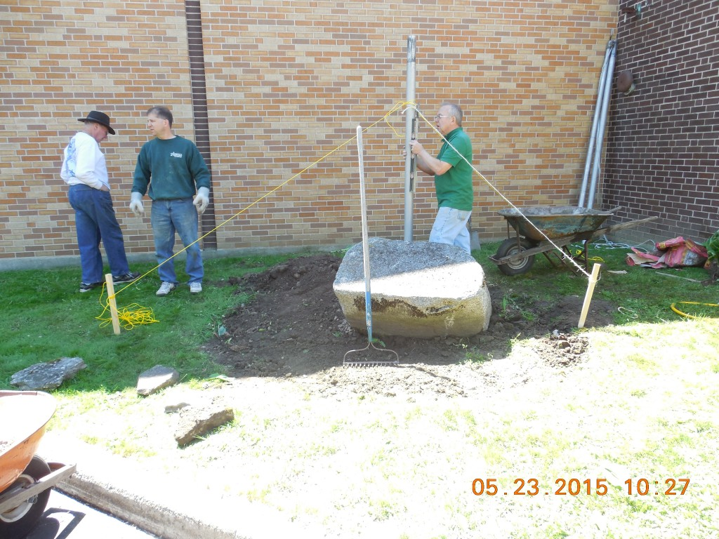 Re-installation of Parish Flag Pole – May 2015